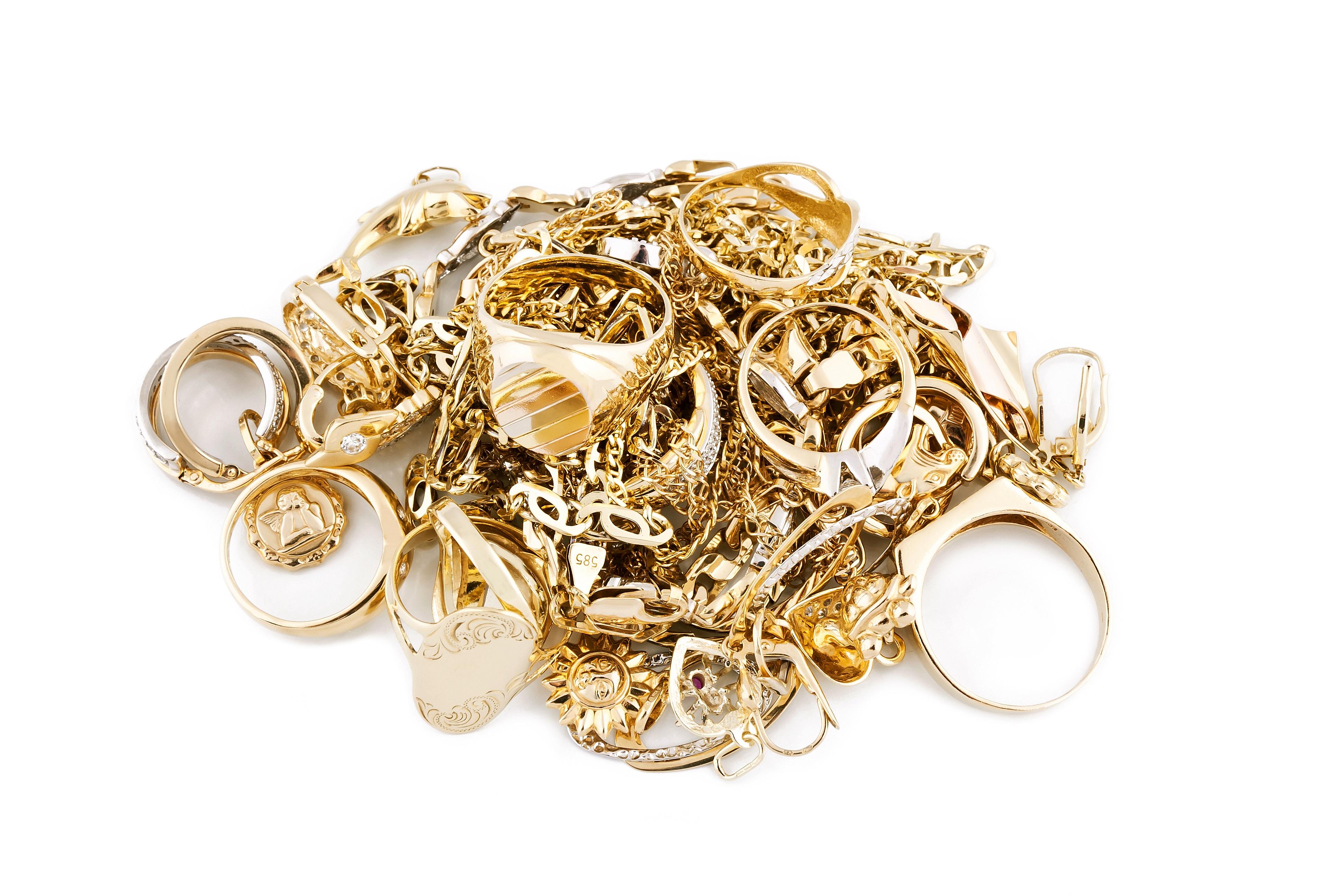 Selge gullsmykker